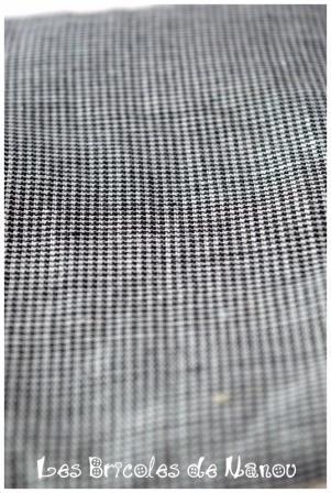 Bouillotte rectangulaire noire et blanche petit quadrillage