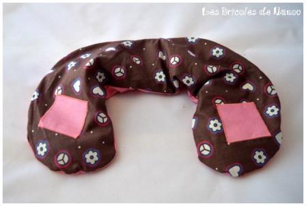 Bouillotte cervicale rose et marron à motifs