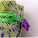 Trousse à tout carrée verte et violette