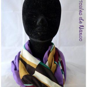 Tour de cou jersey violet et motifs géométriques