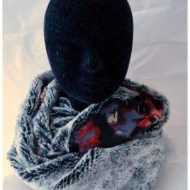 Tour de cou fourrure gris noir et rouge